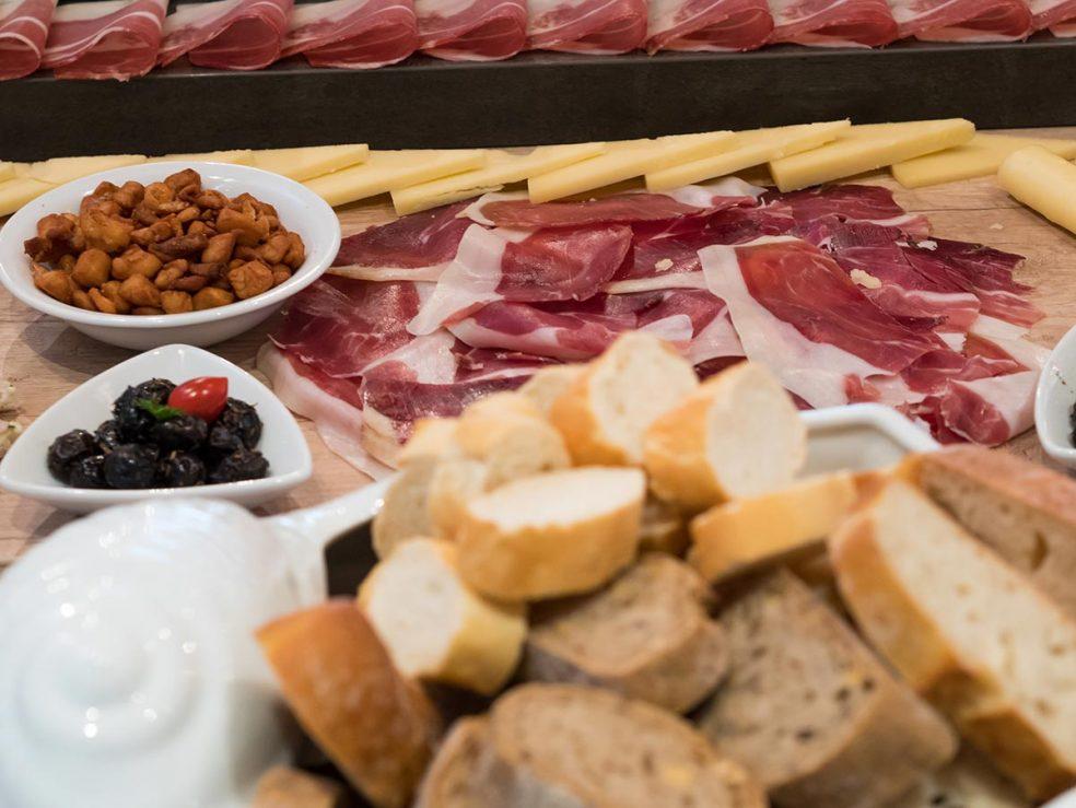 Catering Kamena Makarska riviera dry meat